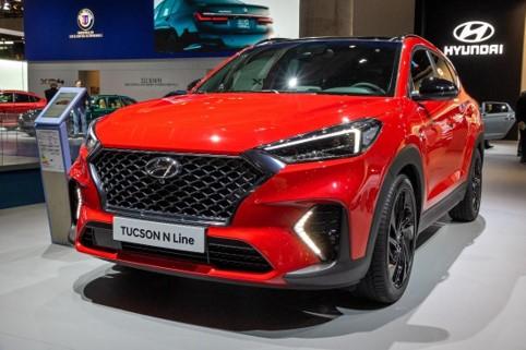 The 2019 red Hyundai Tucson