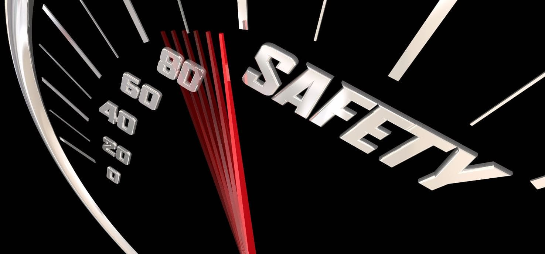 Safety speed meter in car